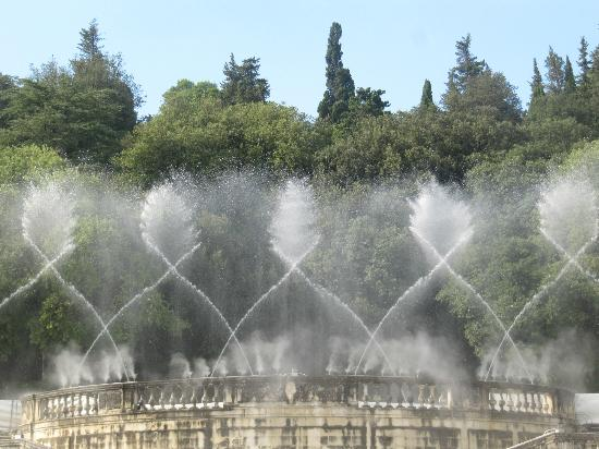 301 moved permanently - Jardin de la fontaine nimes limoges ...
