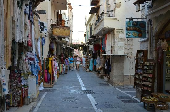 Many historical monuments - Picture of Rethymnon Old Town ...