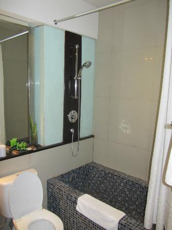 Kokonut Suites: Bathroom