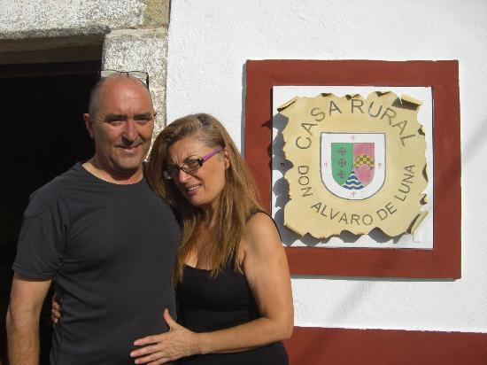 Casa Rural Don Alvaro de Luna: Our hosts Jose and Carmen