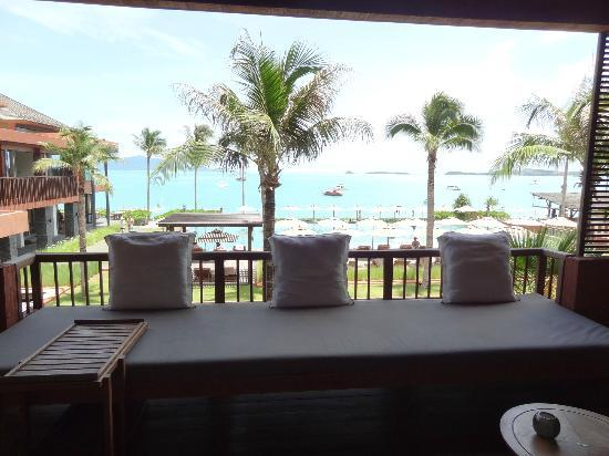Hansar Samui Resort: Huge balcony!