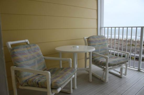 ‪‪Darlings By The Sea‬: Private Oceanfront balcony w/Patio chairs and table‬