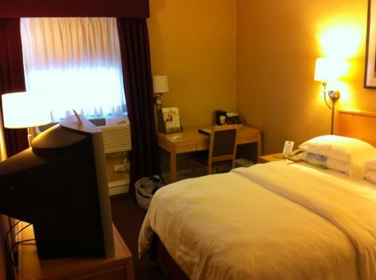 Days Inn Chicago: standard room with double bed