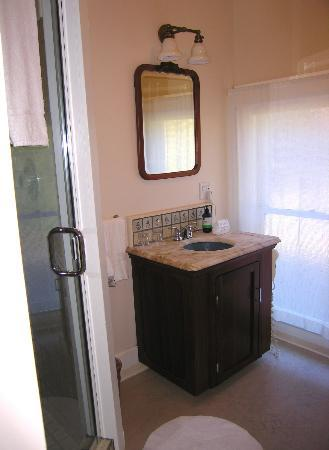 Glendeven Inn: Bathroom