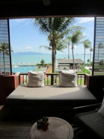 Hansar Samui Resort: View from room 1208 - standard sea view room. All include these amazing day beds and rocking cha
