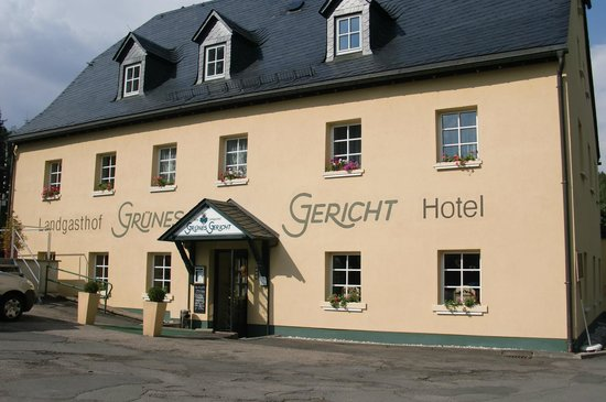 Photo of Landhotel Gruenes Gericht Neuhausen