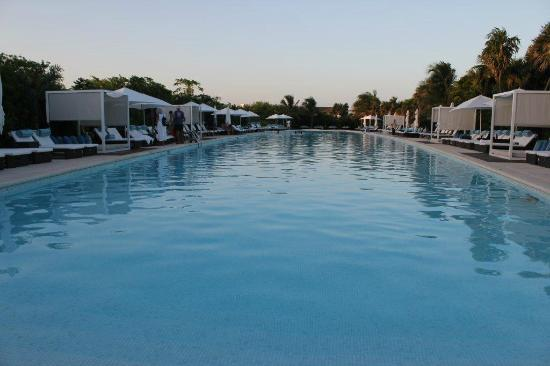 The Grand Mayan Riviera Maya: Pool Luxxe