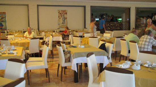 Photo of Hotel Suix Lara Antalya