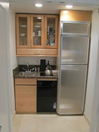 Kitchenette Picture Of Lowell Hotel New York City