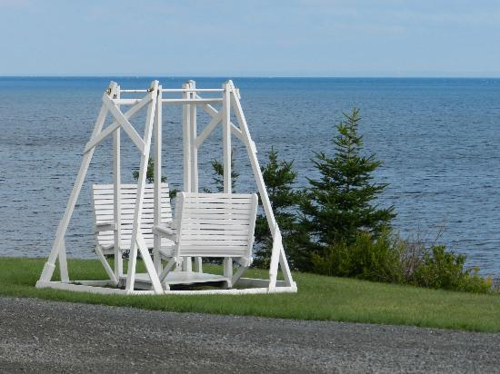 Pictou Lodge Beachfront Resort: A perfect seat for two!