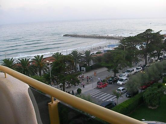 301 moved permanently - Apartamentos mediterraneo sitges ...