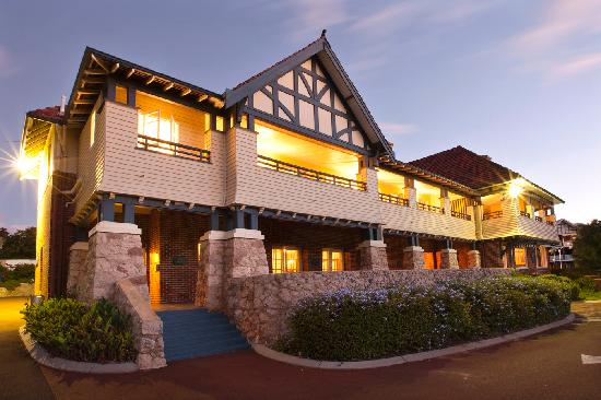 Yallingup Caves House Hotel