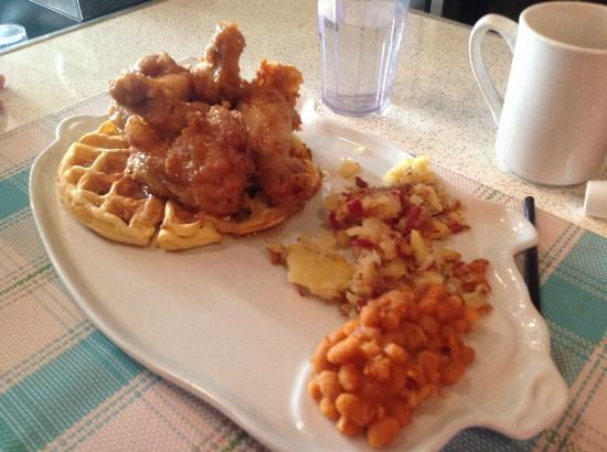 Chicken on Waffles - Picture of Le Gros Jambon Diner, Montreal