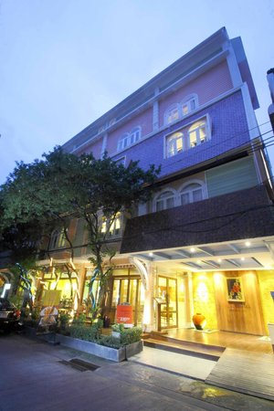 Salil Hotel Sukhumvit Soi 8