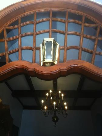 Greenways Hotel: Magnificent detailing - real Cape Dutch Architecture