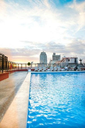 Emperador Hotel Madrid: Beach Club