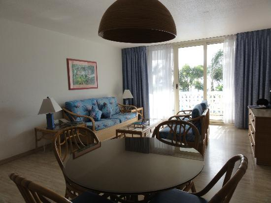 Royal Islander Club La Plage-living room area