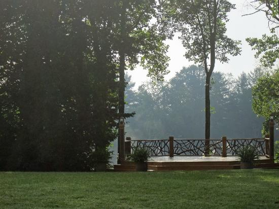 Lake Eden Events &amp; Lodging: The wedding deck in early morning fog