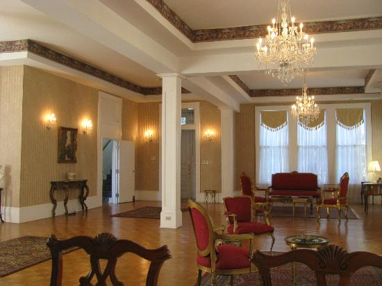 The Confederate House: Great Room