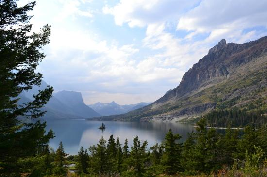 Moss Mountain Inn: Wild Goose Island view in Glacier National Park