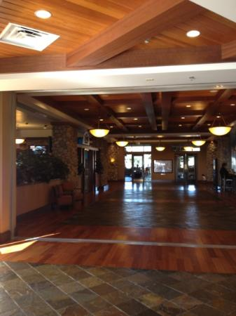 Chukchansi Gold Resort &amp; Casino: view in the lobby