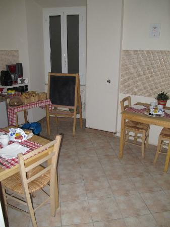 Il Cuore di Roma Bed and Breakfast: The Kitchen