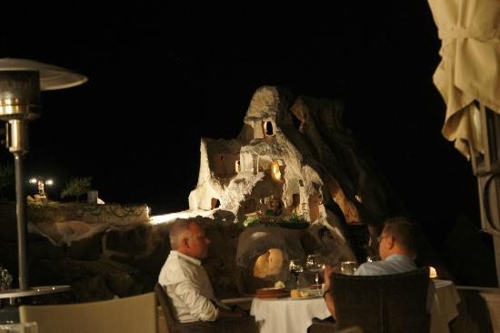 Argos In Cappadocia: killer view at night from the restaurant