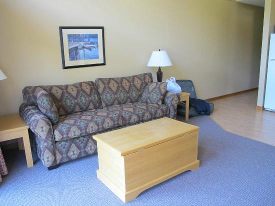 Alpine Meadows Resort: The living room in our cottage.