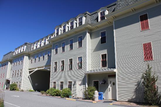 Bar Harbor Grand Hotel: back of the hotel