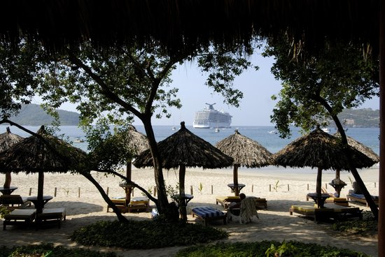Photo of Catalina Beach Resort Zihuatanejo