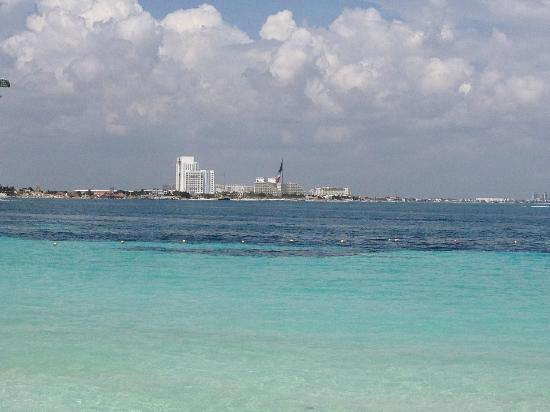 Fiesta Americana Villas Cancun: Beach