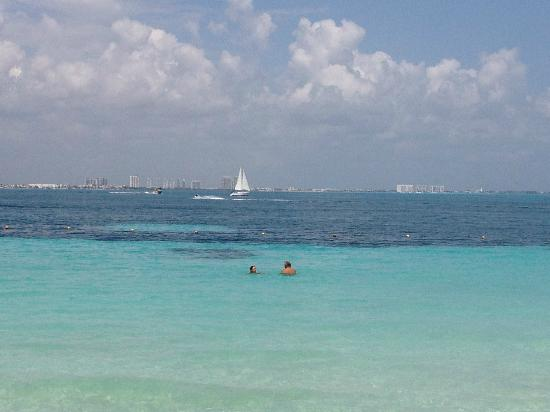Fiesta Americana Villas Cancun: View towards Puerto Juarez
