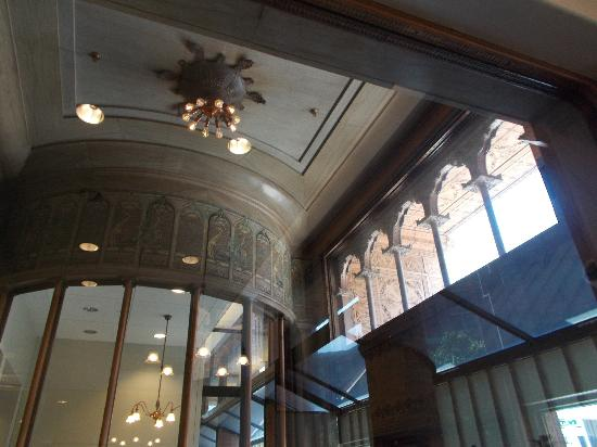 Guaranty / Prudential Building: Interior windows