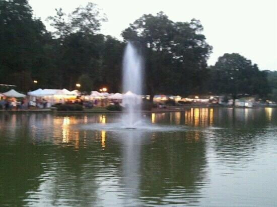 Great city getaway freedom park charlotte traveller for Pool and spa show charlotte nc