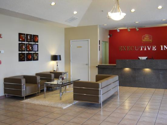 BEST WESTERN Executive Inn: Lobby