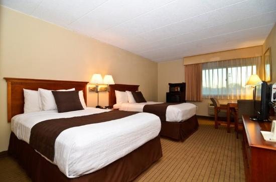 BEST WESTERN Burlington Inn: Guest Room