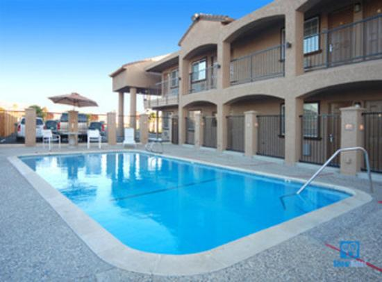 BEST WESTERN San Benito Inn: Take a Refreshing Swim in Our Outdoor Pool