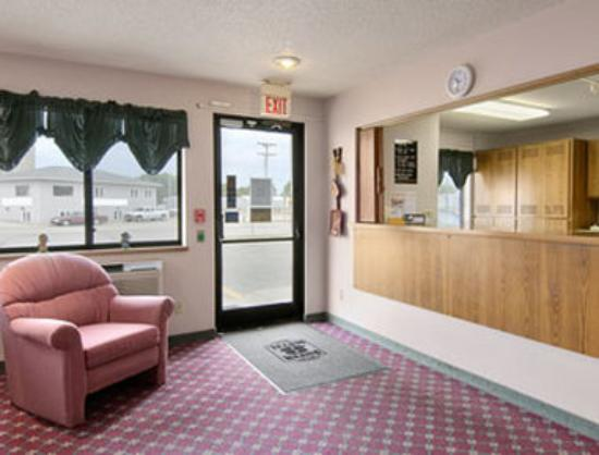 Super 8 Motel Sibley: Lobby