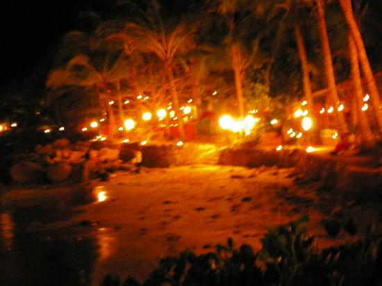 Golden Crown Paradise Resort Puerto Vallarta: rythms of the night
