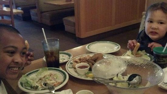 Olive garden watertown menu prices restaurant reviews tripadvisor for Does olive garden do reservations