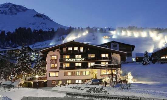 Photo of Hotel Haldenhof Lech