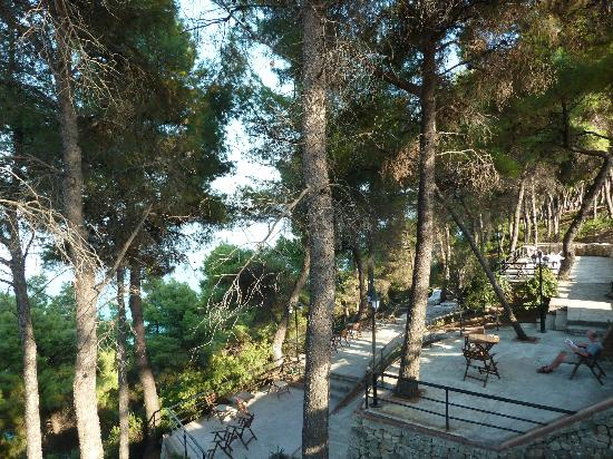 Nostos Hotel: 3 levels of terraces