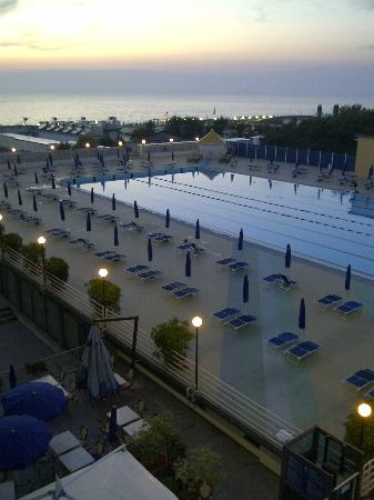 Grand Hotel Continental: Piscina 25 metri