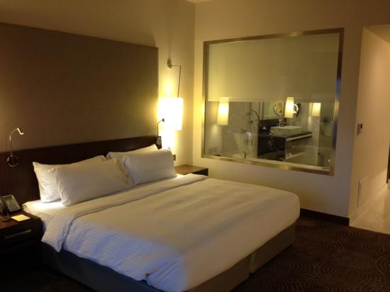 bedroom picture of dusit thani lakeview cairo cairo tripadvisor