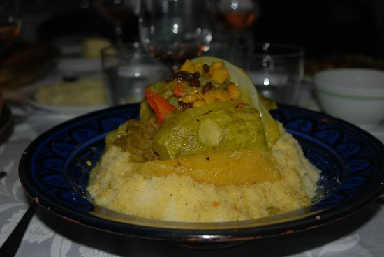 Al Fassia Aguedal: Couscous and Vegetables - yum!