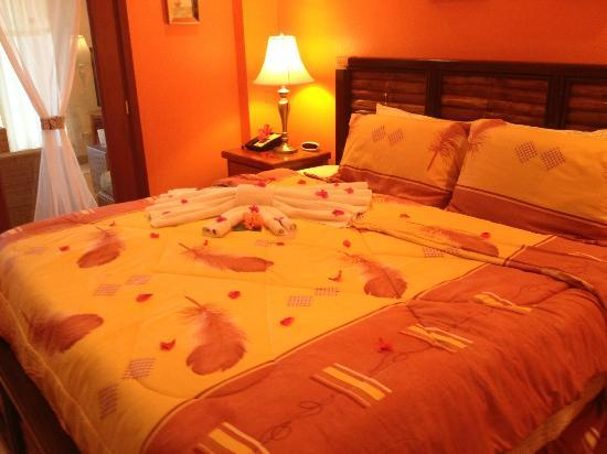 Grand Caribe Belize Resort and Condominiums: room