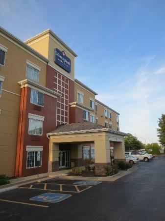 Extended Stay America - St. Louis - Westport - Central: Outside
