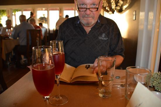 Willows Inn: Bruce starts off with vodka and blackberry juice