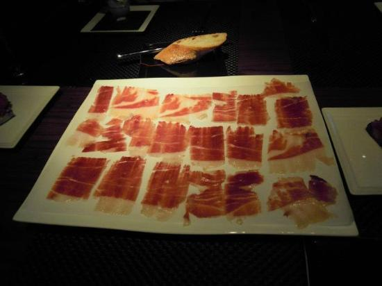 Joel Robuchon Restaurant: Iberico Ham -- more than enough to share