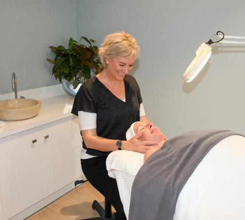 Revive on Oakview: I offer a full range of beauty treatments including massage for you to relax and enjoy